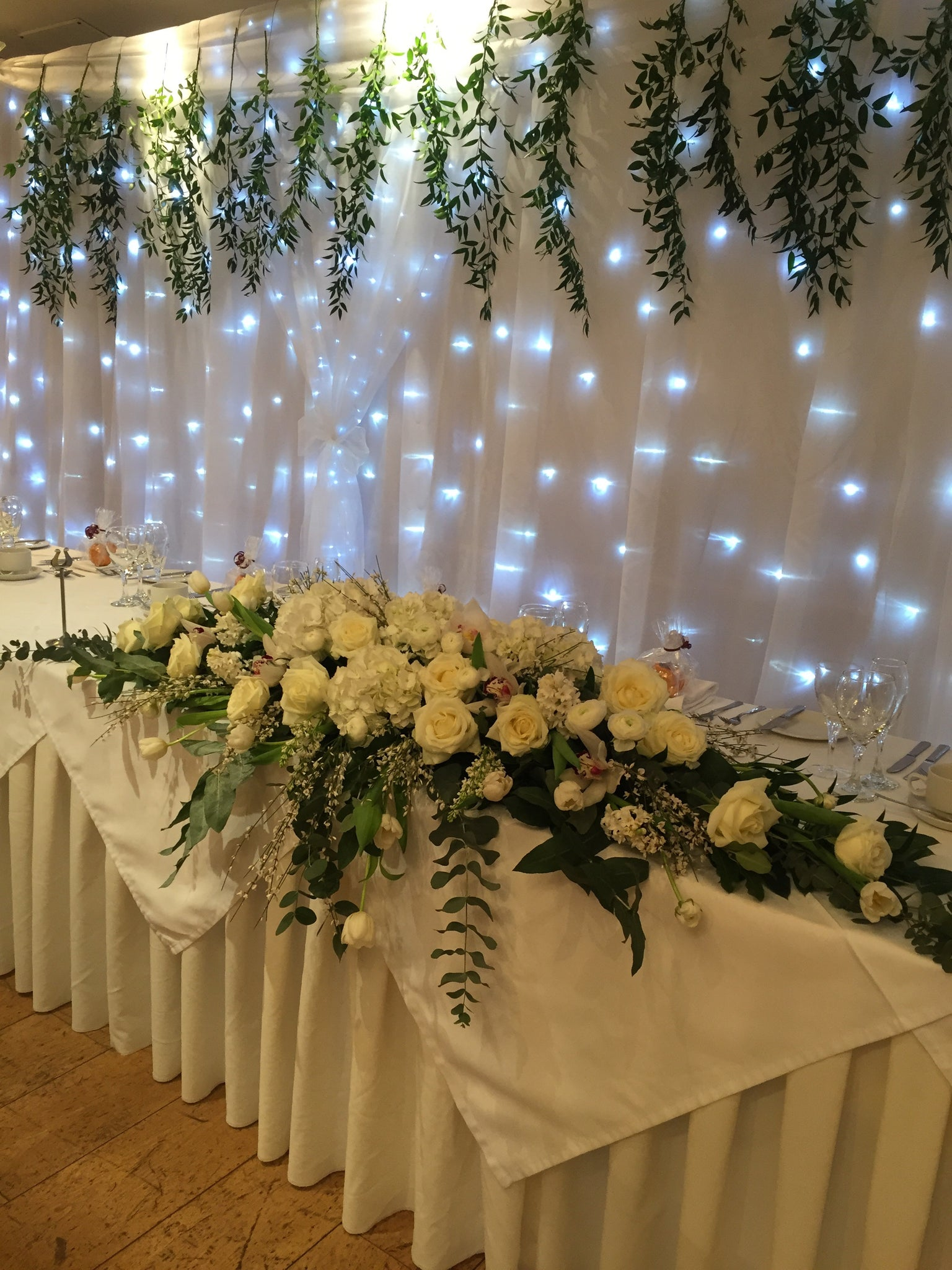 34.Wedding Top table Arrangement