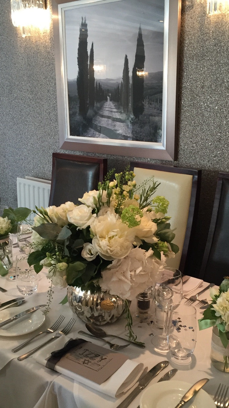 Table Arrangement 88