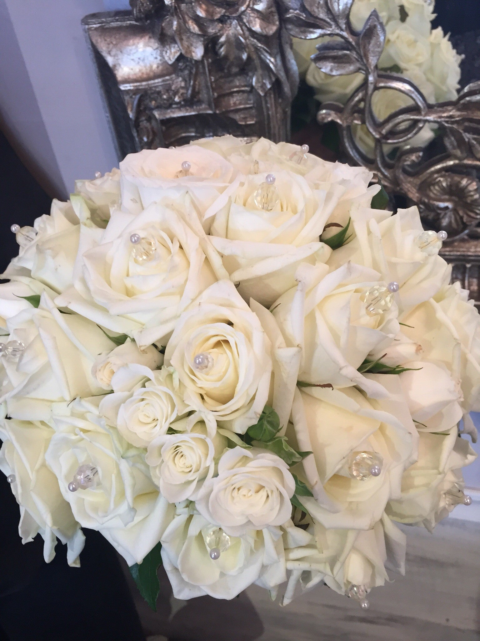 Classic pure white bridal bouquet