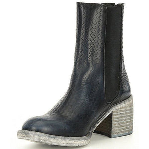 Free People Essential Chelsea Leather Boots OB1171581