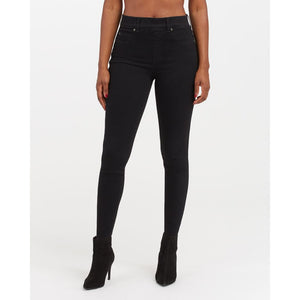 Spanx Ankle Skinny Jeans in Black 20278R
