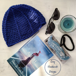 Men crochet light beanie in Blue