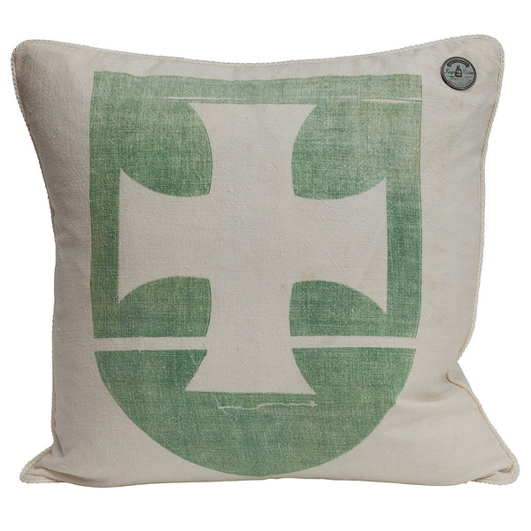 "US Vintage ""GREEN MALTESER CROSS"""