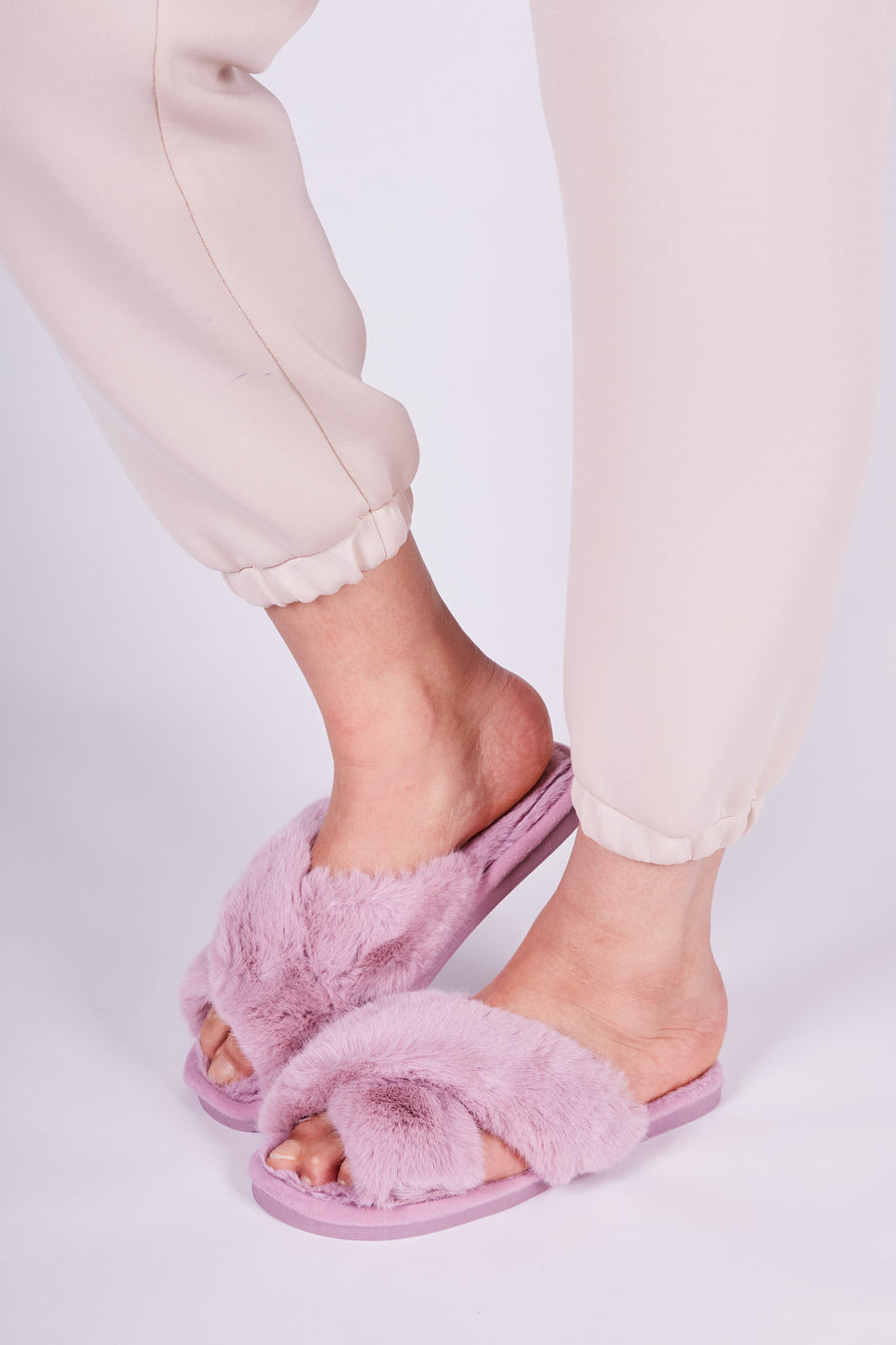 Pink Fluffy Lounge Slippers
