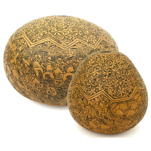 Detailed Village Gourd from Peru - Green Valley Packaging