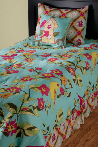 Rizzy BTLF06 Birds in Paradise Light blue Bedding by Laura Fair main image