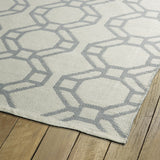 Kaleen Brisa BRI05-75 Ivory/Grey Area Rug Close-up Shot