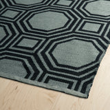 Kaleen Brisa BRI06-02 Grey/Black Area Rug Close-up Shot