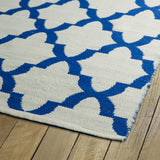 Kaleen Brisa BRI10-22 Ivory/Navy Area Rug Close-up Shot