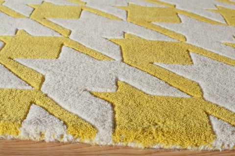 Momeni Delhi DL-55 Yellow Area Rug Close up