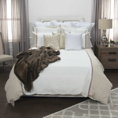 Rizzy BT4443 Wilmington Mill Natural Ivory Bedding main image