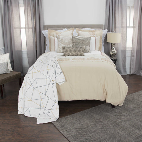 Rizzy BT4468 Alysa White Bedding main image