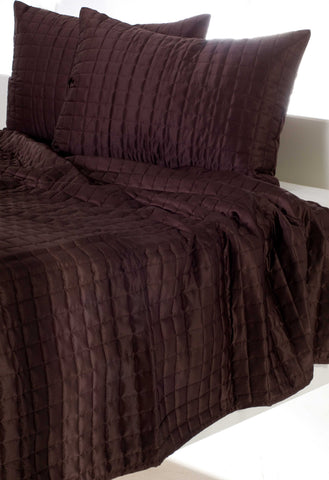 Rizzy BTQ831 Satinology Brown Bedding main image