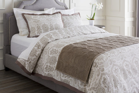 Surya Vienna VIE-2002 Neutral Bedding