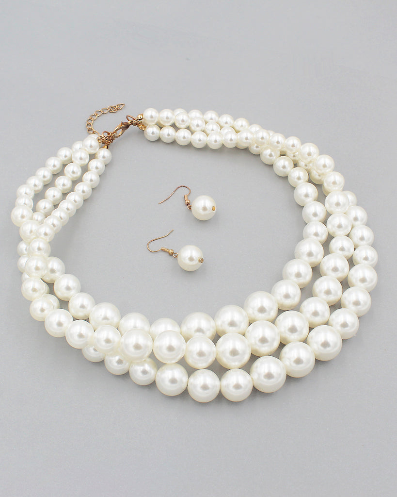 Triple Layered Graduated Pearl Necklace Set