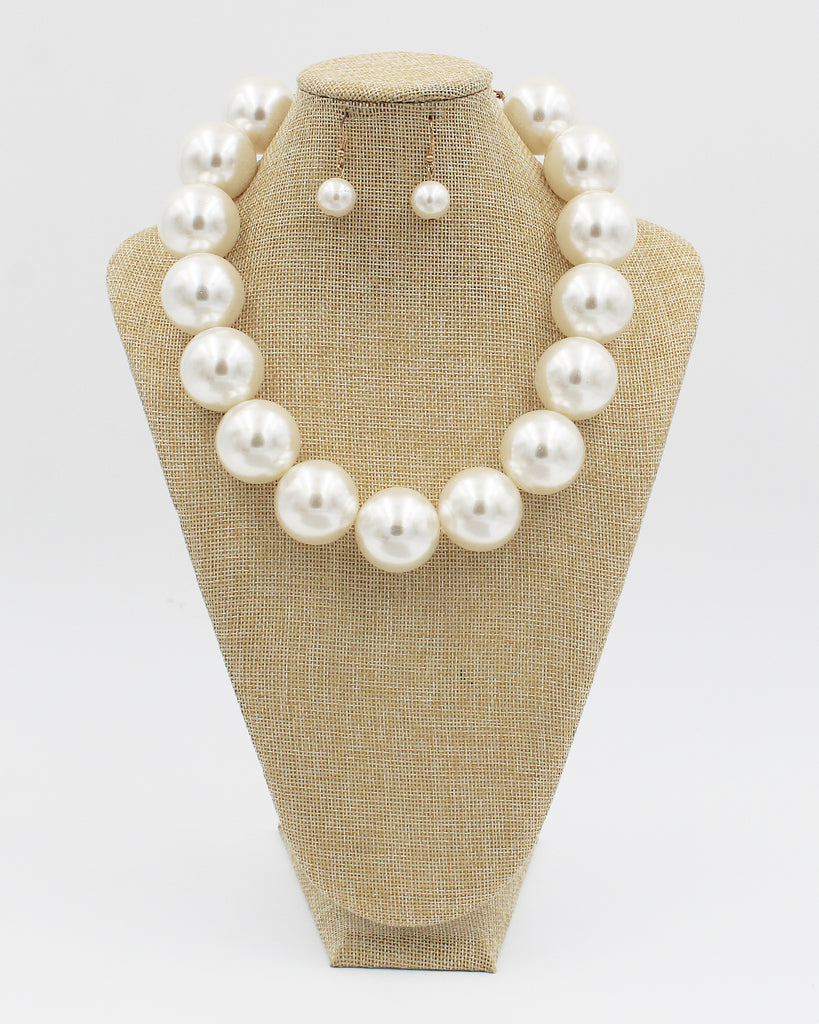 30mm Jumbo Pearl Beaded Necklace Set
