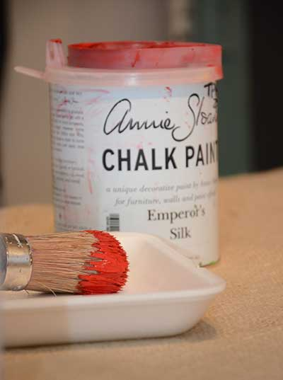 chalk-paint-can