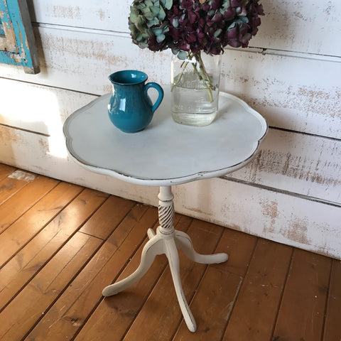 Vintage Accent Pedestal Table