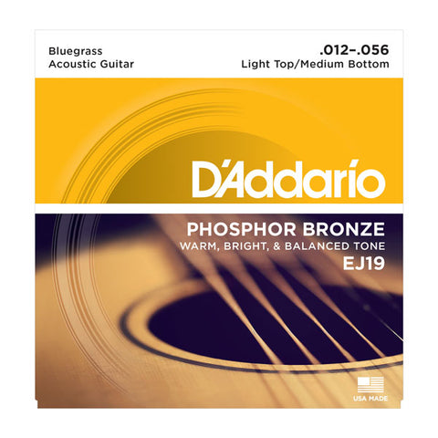 D'ADDARIO PHOSPHOR BRONZE ACOUSTIC GUITAR STRING SET, LIGHT TOP / MEDIUM BOTTOM