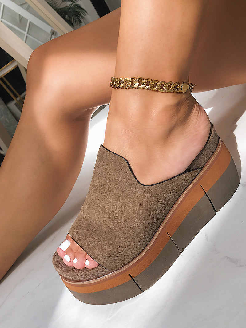 best selling shoes 2020