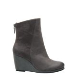 Amavi bootie in Dust Grey right