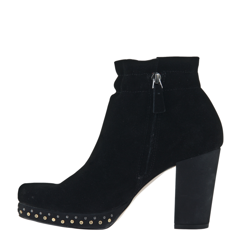 Womans heeled bootie attis in black left