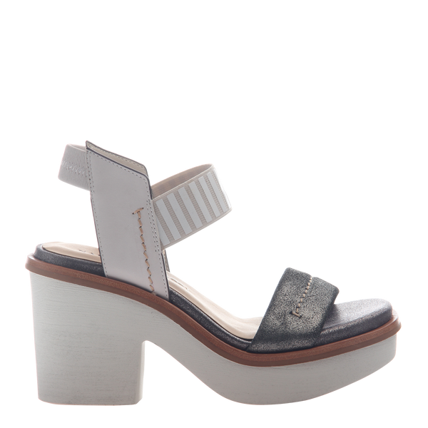 Womens heel sandal basalt in grey silver right
