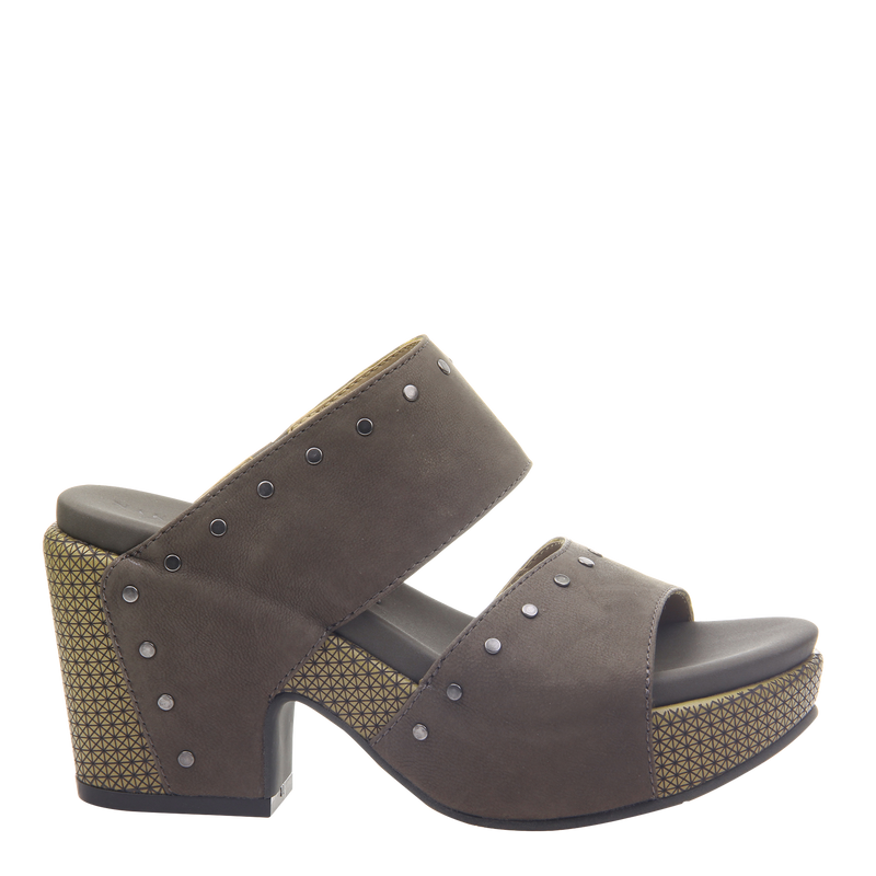 Womens heeled sandal beslow in dust grey right