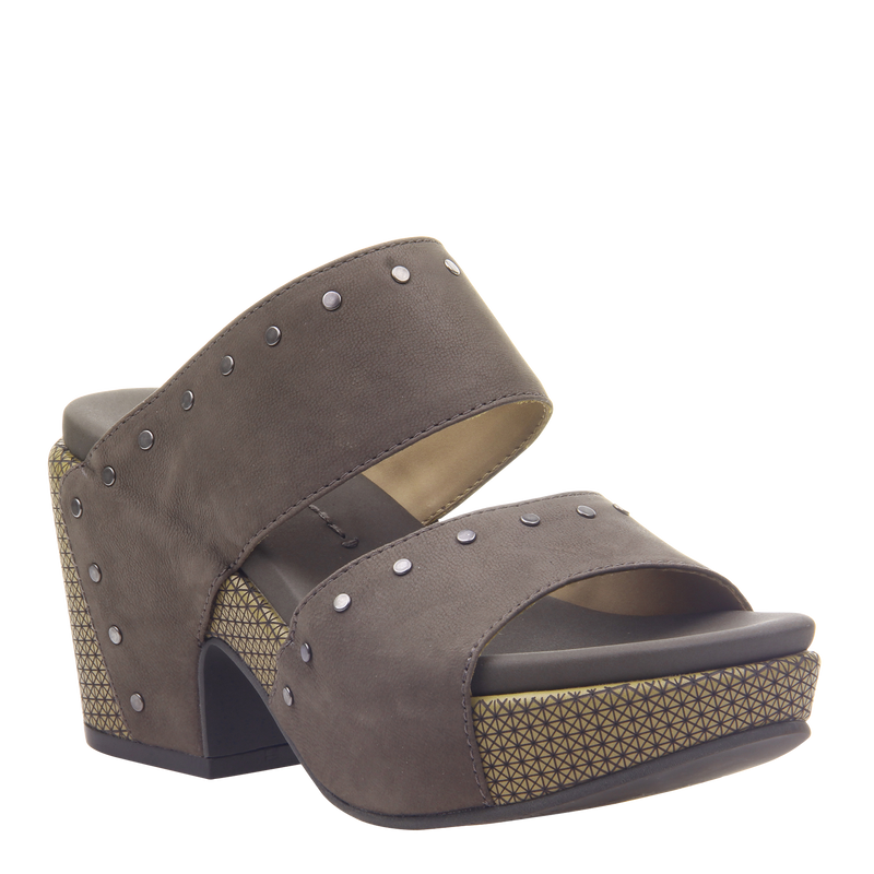 Womens heeled sandal beslow in dust grey
