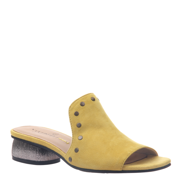 Womens heel bijoux in chinese yellow