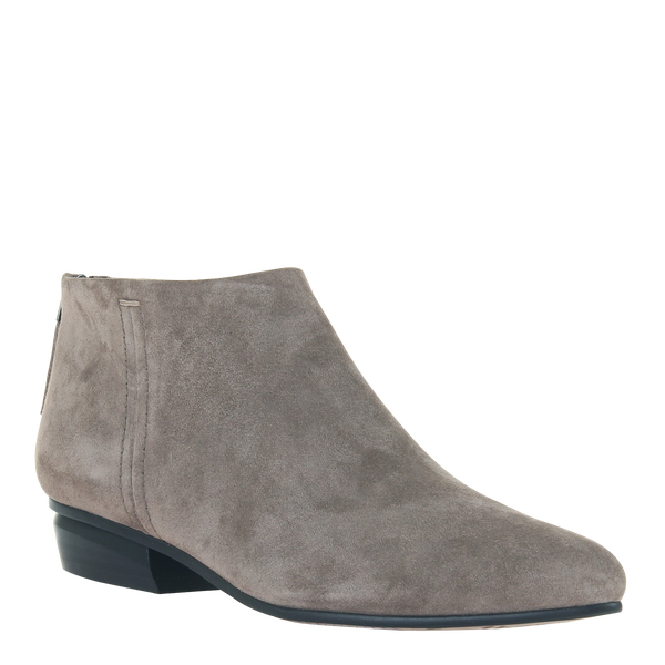 womens boot chi in grey
