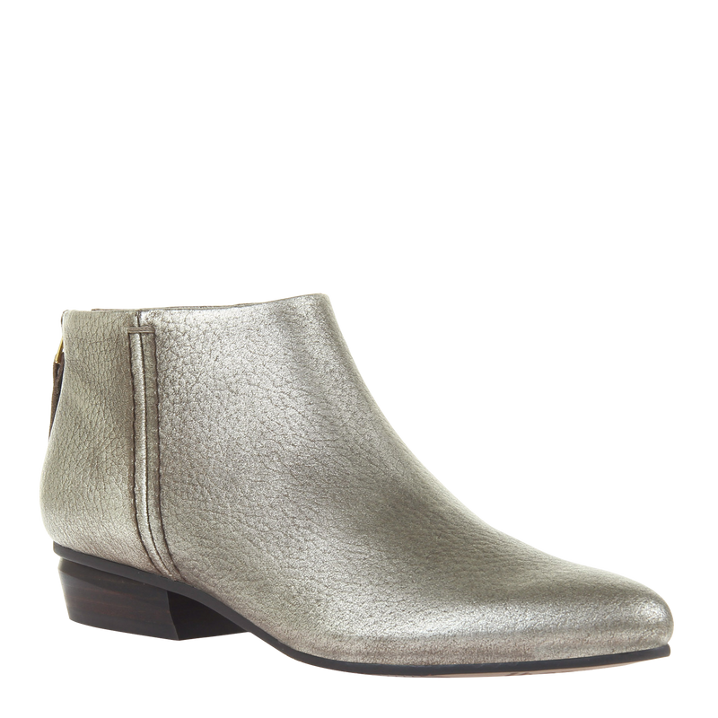 womens boot chi in soft gold