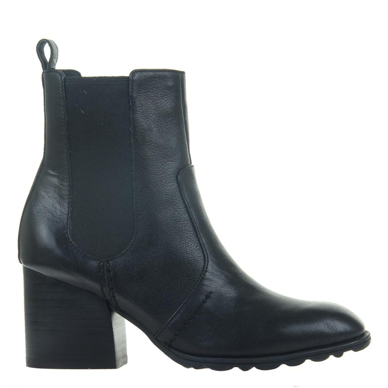 CLUB in BLACK Mid-Shaft Boots