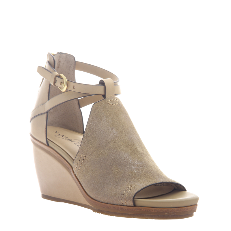 Womens wedge Crux in New Taupe