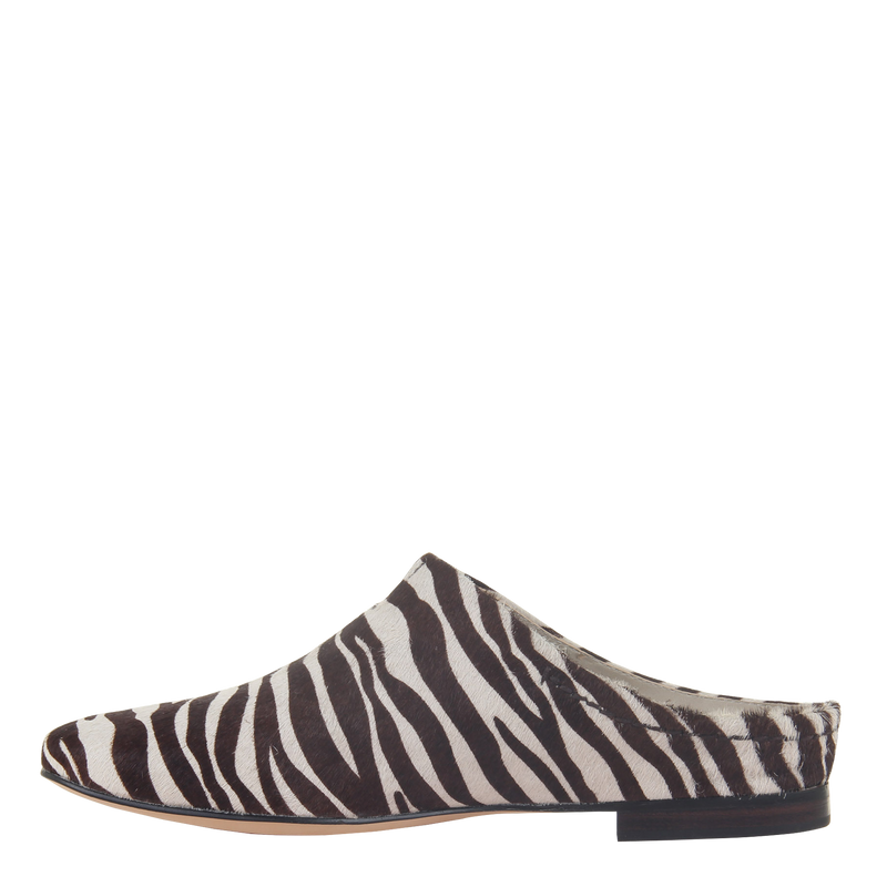 Womens flat Fondo in zebra left