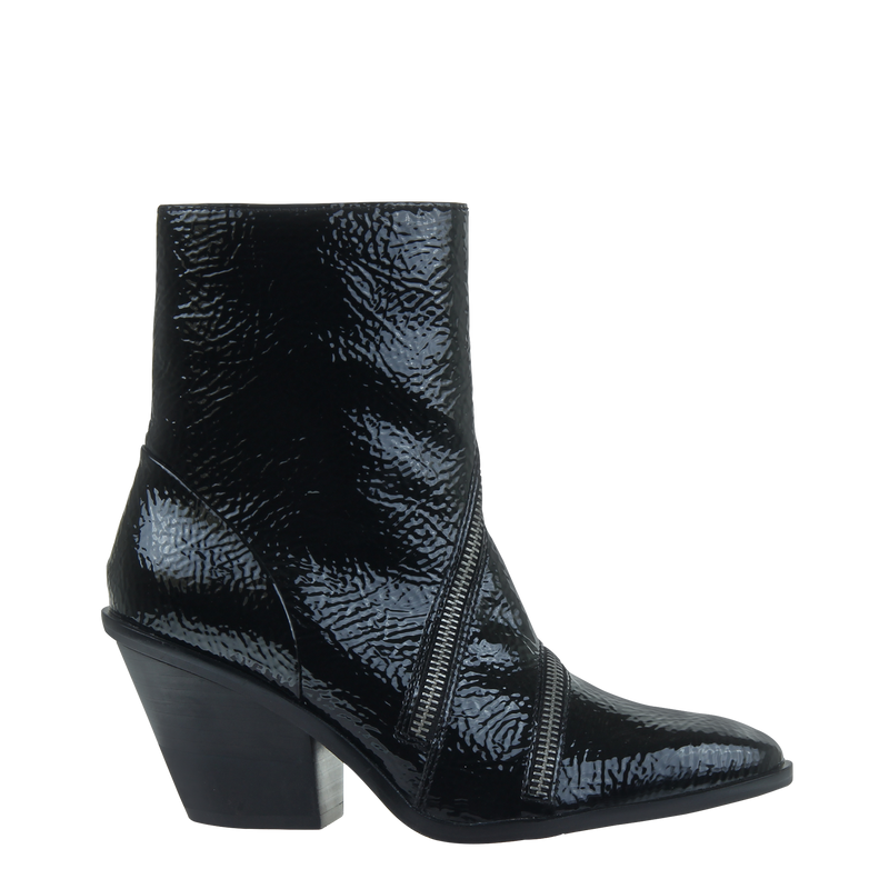 Womens boot Idas in Black right