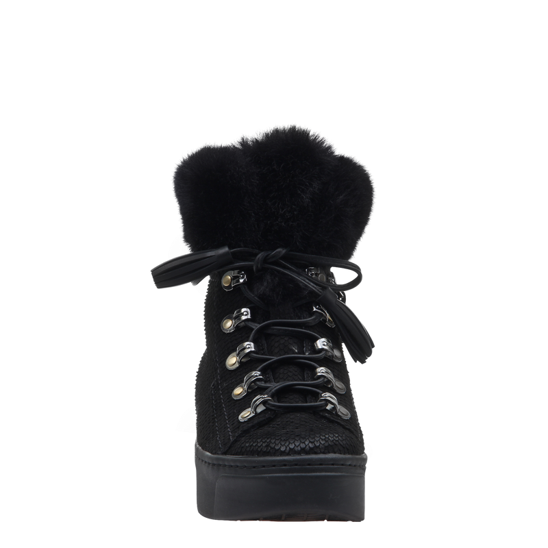 Womens boot Kaffra in Black front