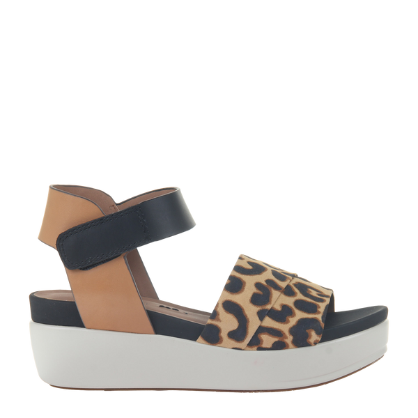 Womens sandal Koda in camel right