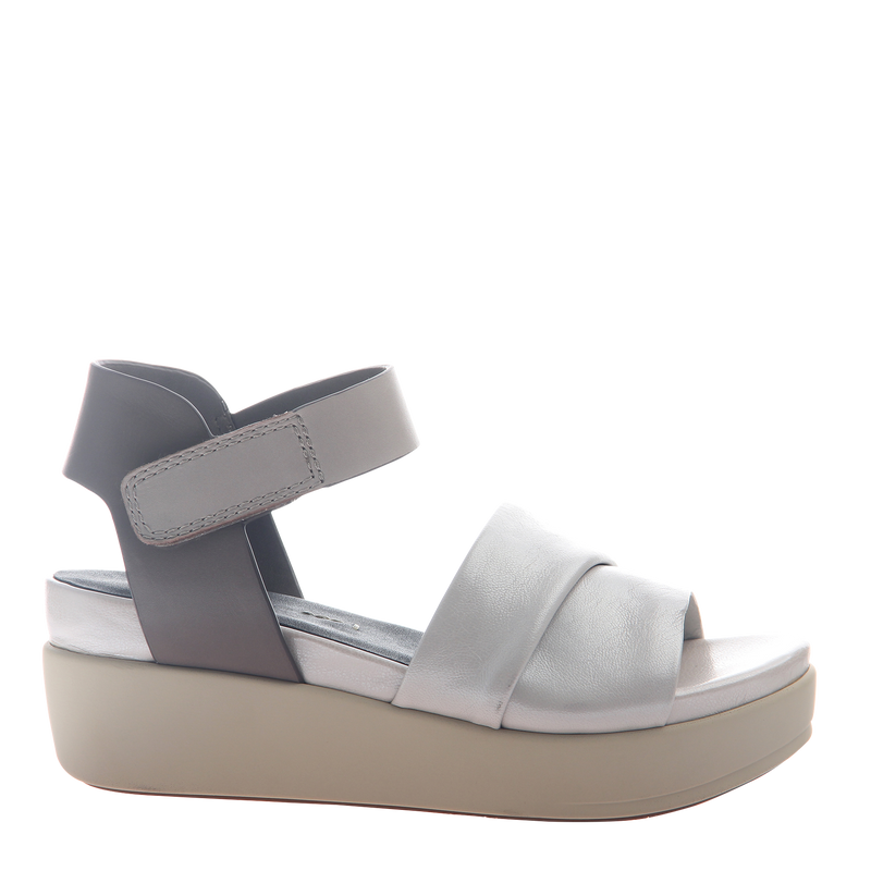Womens sandal Koda in off white right