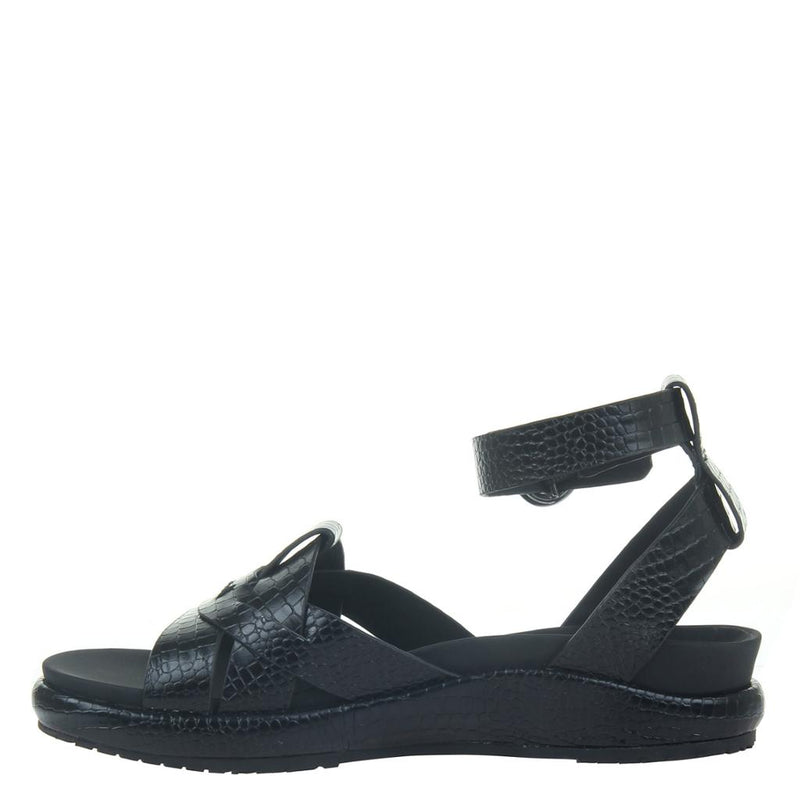 LIMON in BLACK Wedge Sandals