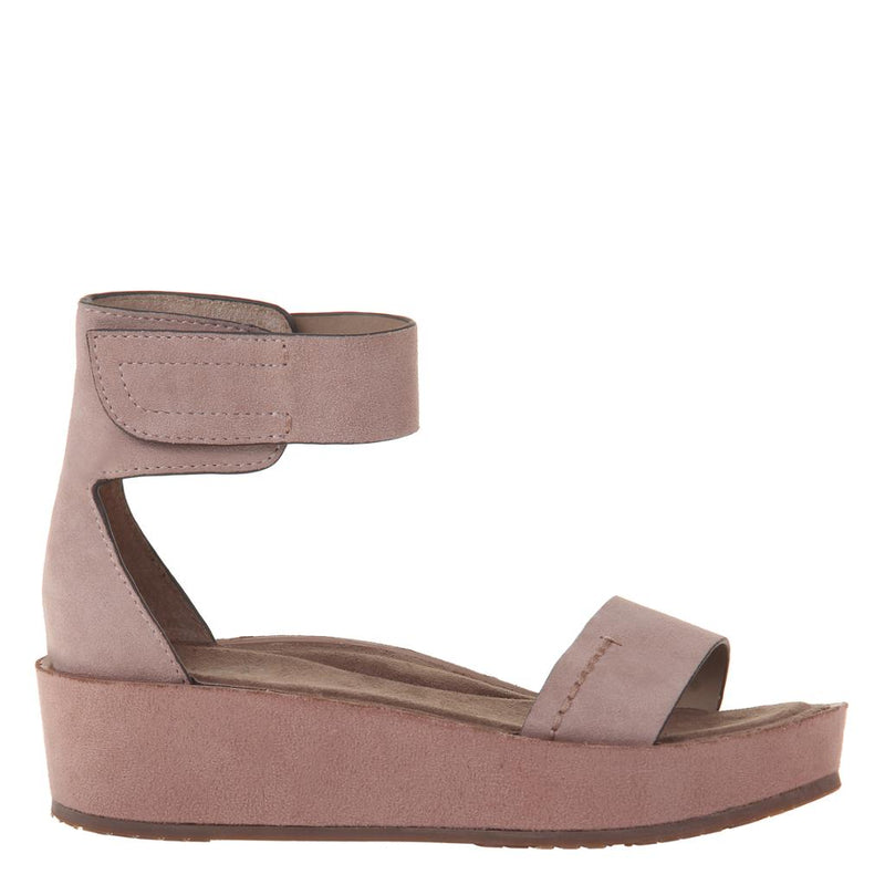 RENZI in PECAN Wedge Sandals