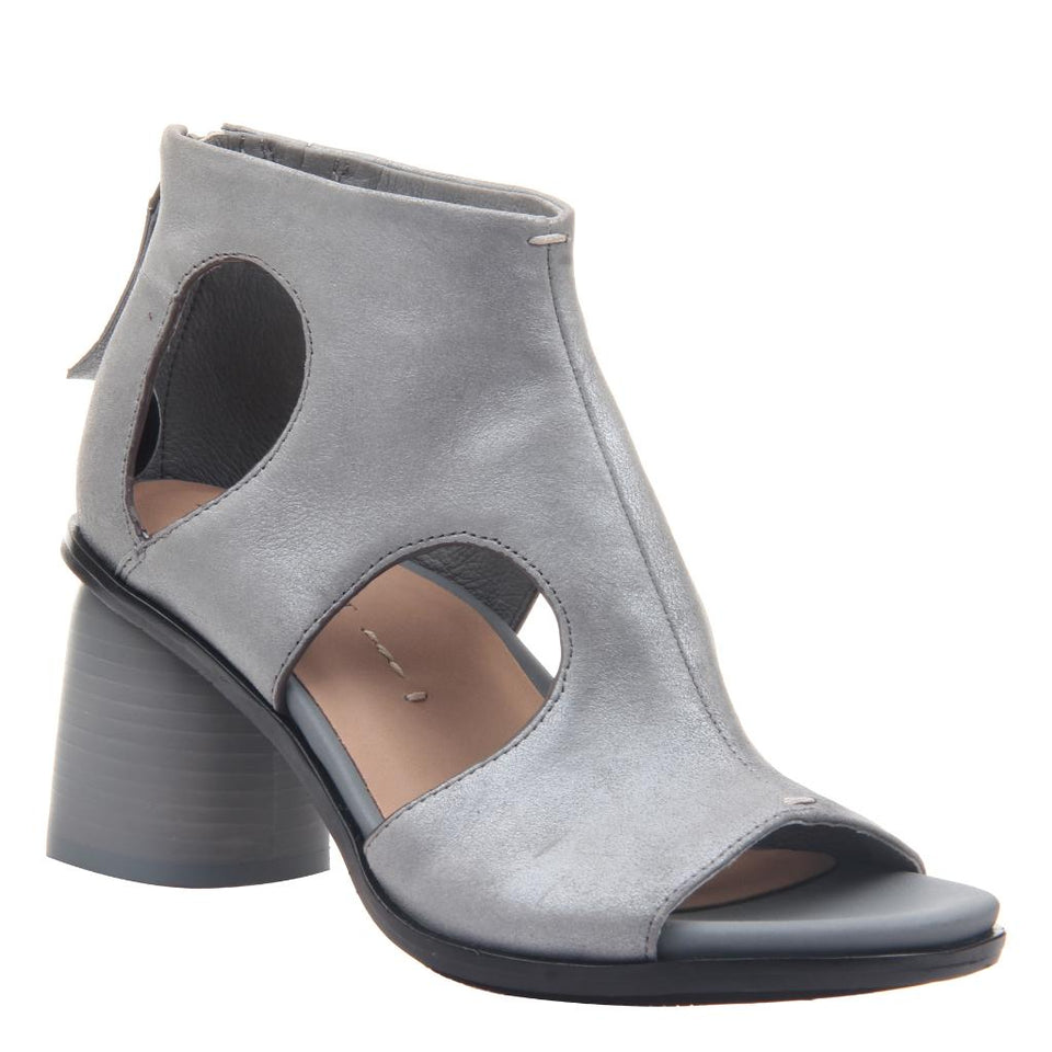 TORIL in ASH GREY