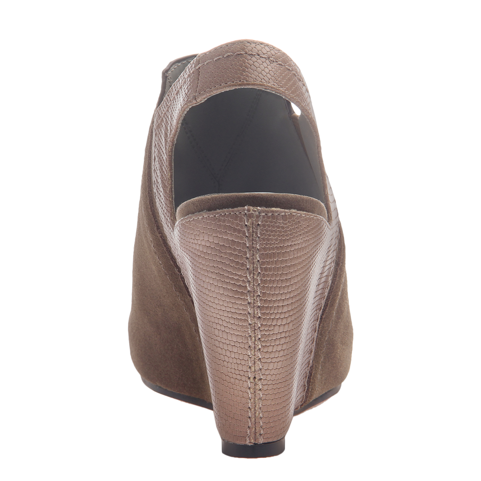 Columba womens wedge sandal in otter back view