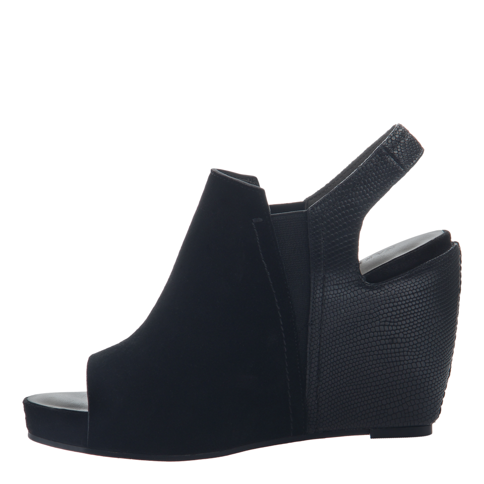 7b7cfe632c3 Columba women s wedge sandals in black inside view
