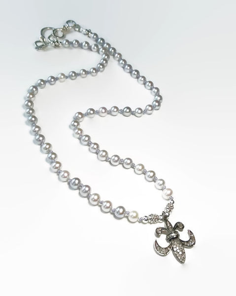 Fleur De Lis Necklace - Van Der Muffin's Jewels
