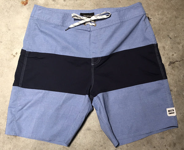Barge Trunk Light Blue/Dark Navy
