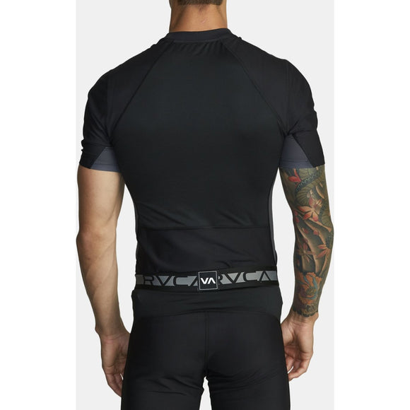 COMPRESSION SS | RVCA | Black |