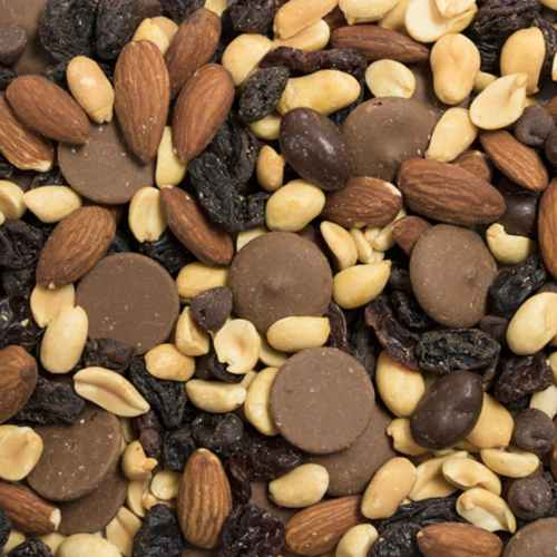 Chocolate Cherry Nut Trail Mix | Woodstock Farms