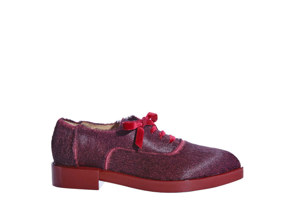 women's luxurious oxford, made of exotic calf hair and patent leather. www.justsostyle.com