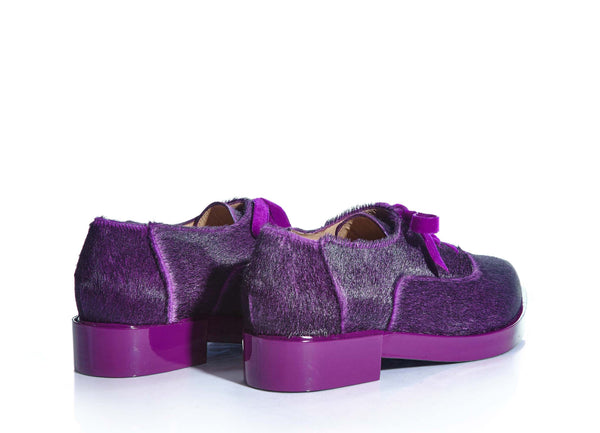 oxford, made of exotic calf hair and patent leather. www.justsostyle.com